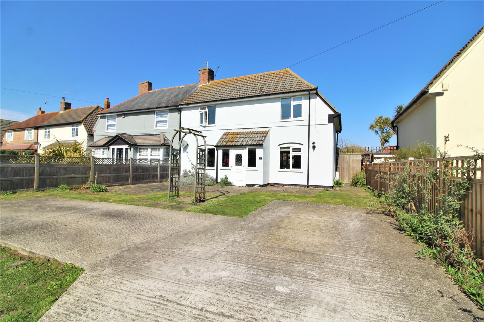 Pole Barn Lane, Frinton-On-Sea, Essex, CO13 9NJ